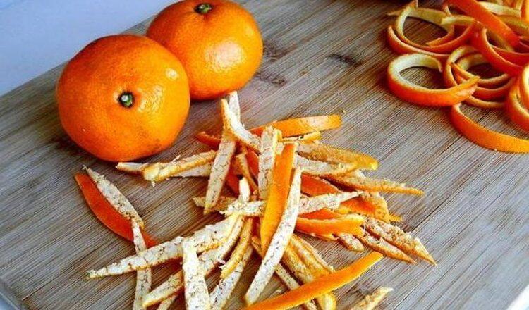 Не выкидывайте мандариновые корки: 3 интересных способа применения
