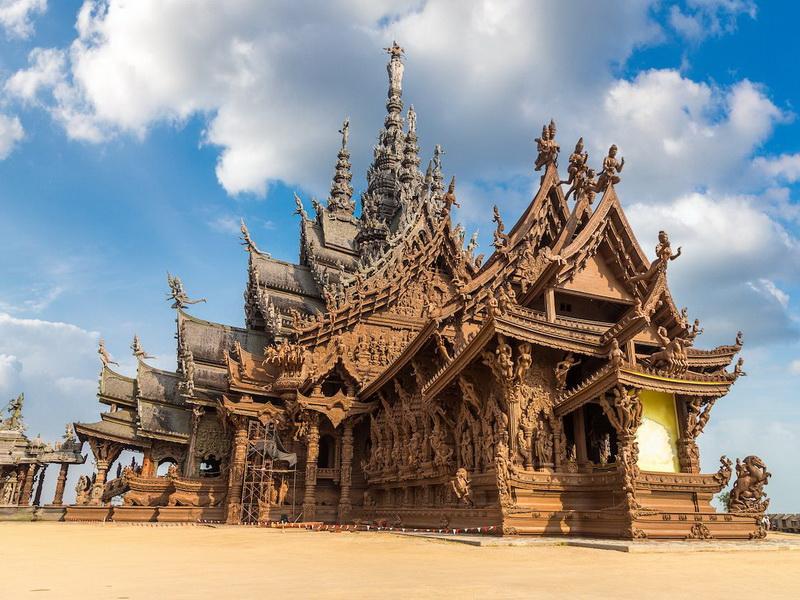 7 самых удивительных храмов в Таиланде за пределами Бангкока