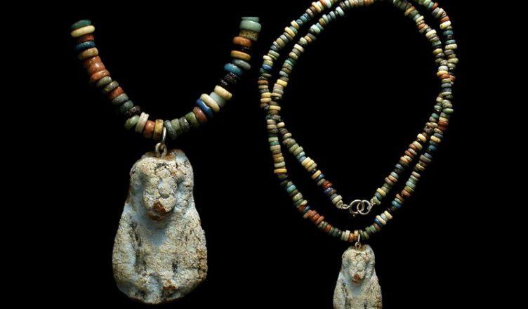 самые древние украшения в мире