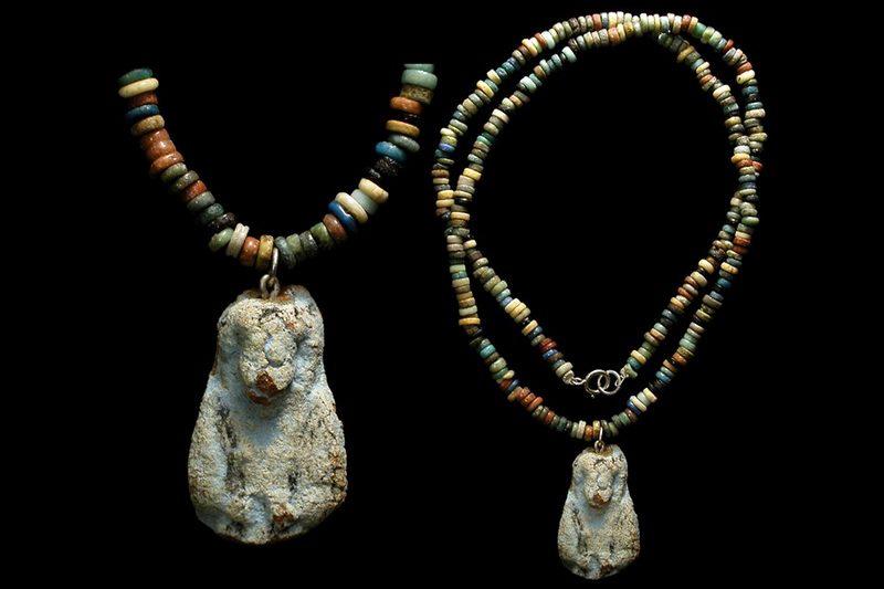 Археологические находки: самые древние украшения в мире