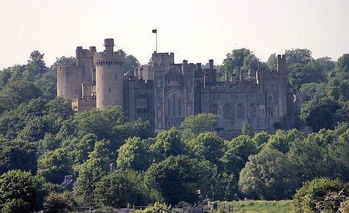 Замок Арундел