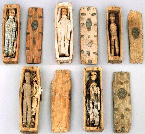 Большая тайна миниатюрных гробов Эдинбурга