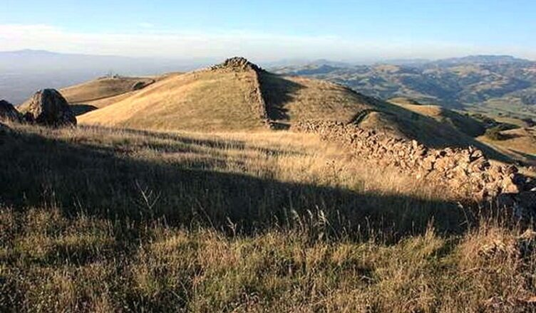 Неразгаданная тайна стены Беркли в Калифорнии
