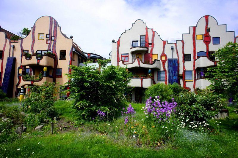 Нетрадиционные дома австрийского архитектора Хундертвассера