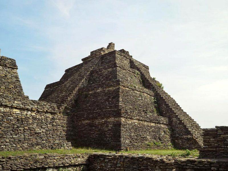 Крупнейшая пирамида цивилизации майя Тонина Чьяпас