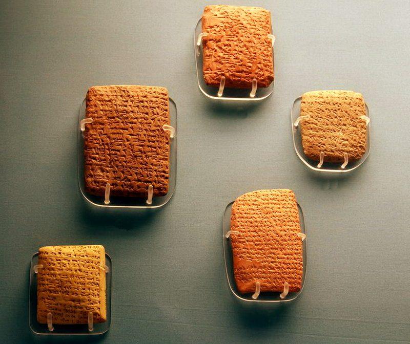 Таблички Амарны: с кем переписывались фараоны Древнего Египта