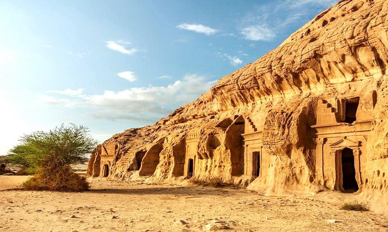 Вечные гробницы в Аль-Хиджр