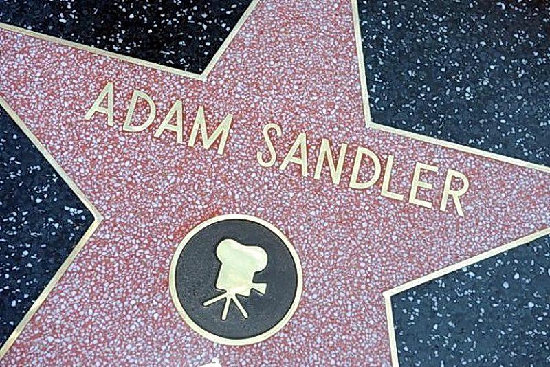 Факты из жизни Адама Сэндлера