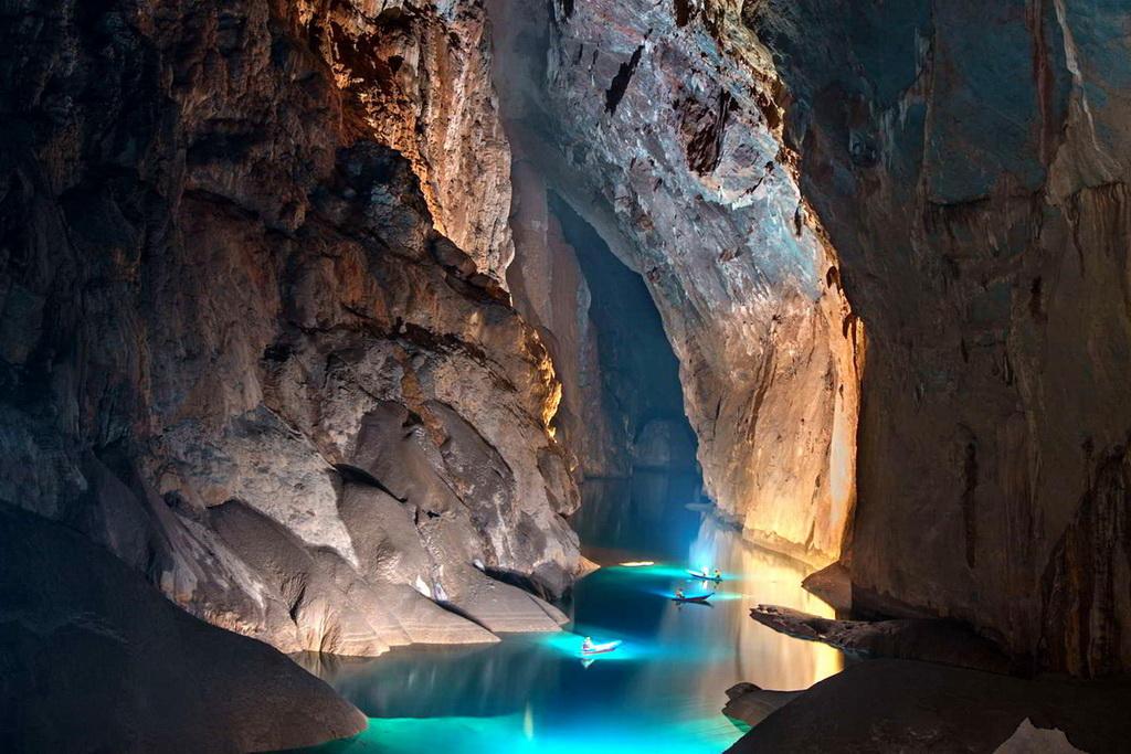 Подземная река Шондонг