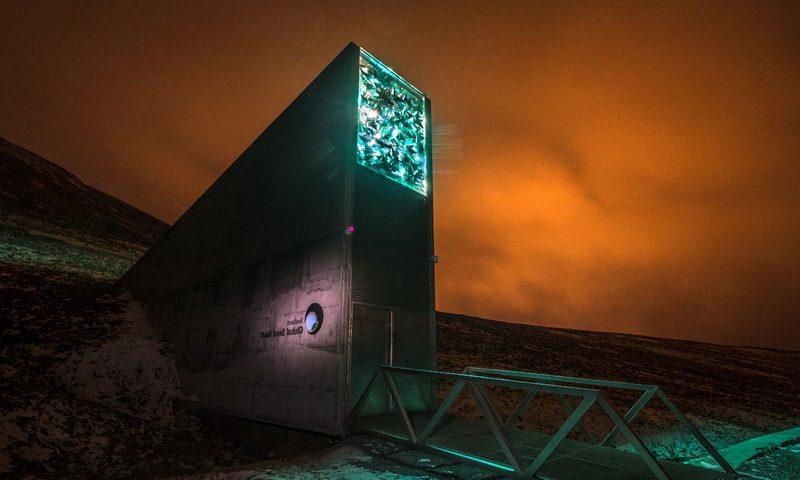 Всемирное «Хранилище судного дня» — недоступный бункер, куда обычному человеку хода нет