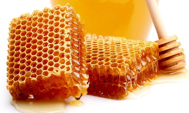 6 преимуществ меда для здоровья и красоты