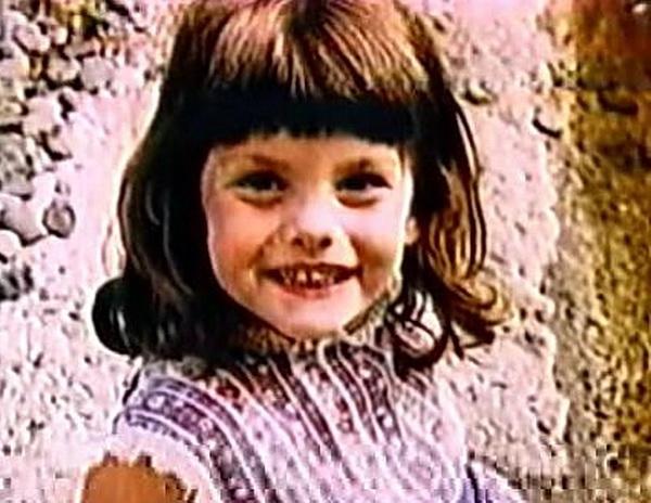 Попробуй угадать знаменитость по детской фотографии