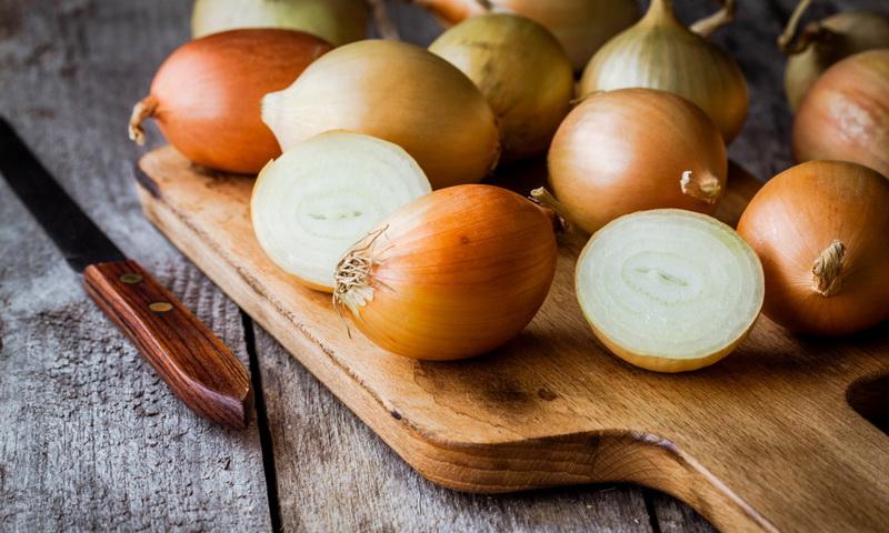 Что произойдет, если вы будете есть сырой лук каждый день