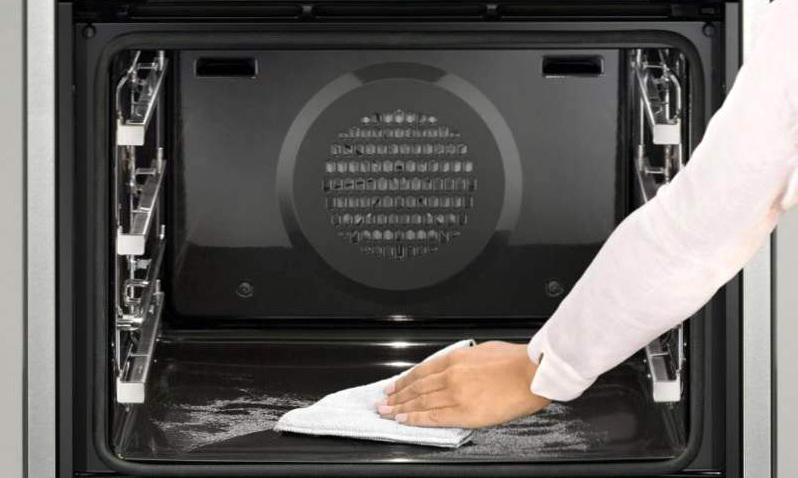 Чистка духовки — простые домашние методы
