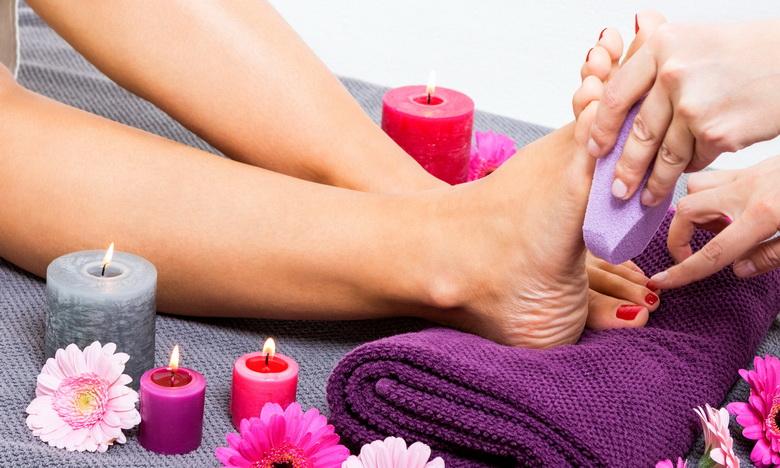 Сезон босоножек: эффективный уход за кожей стоп