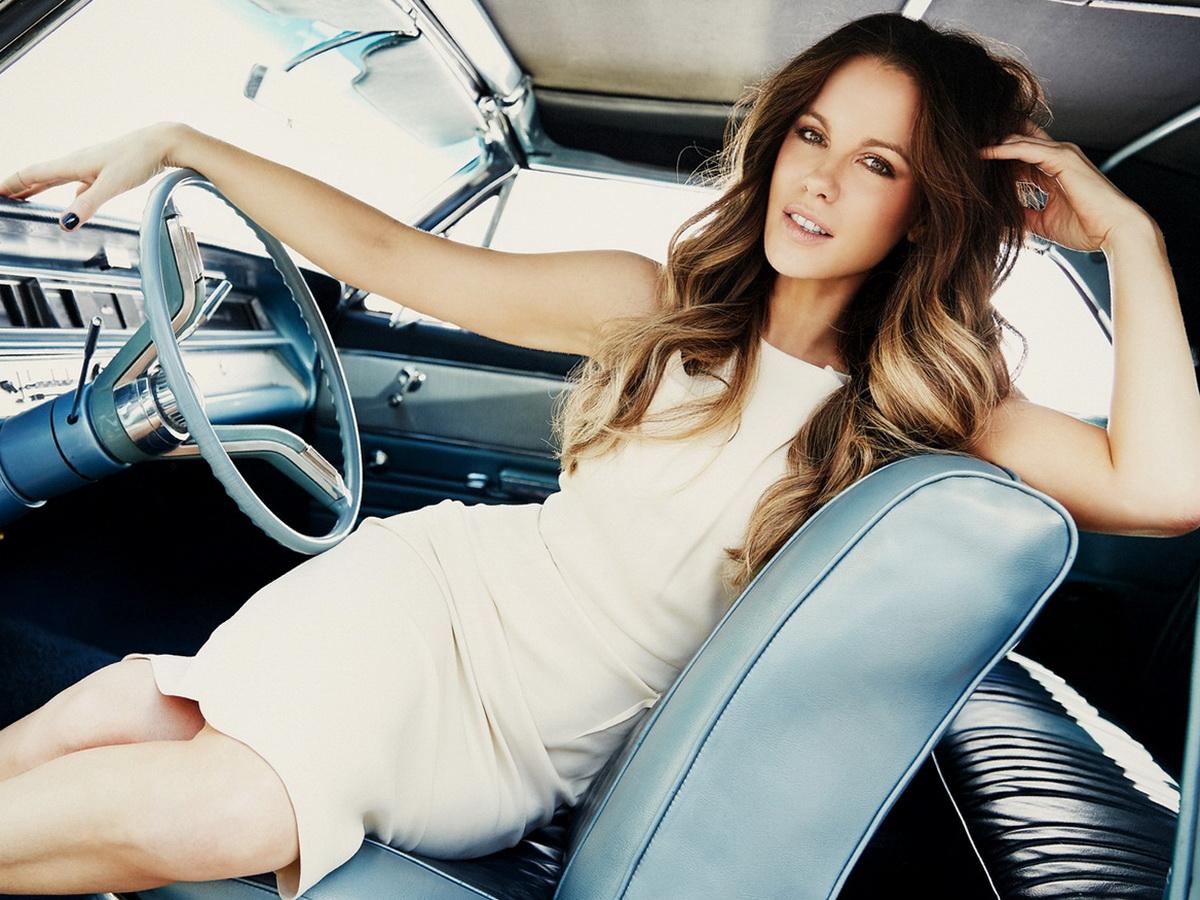 Голливудские актеры, которые не умеют водить машину