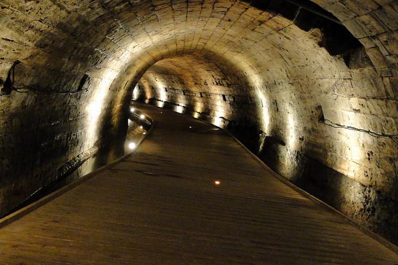 Секретный туннель тамплиеров в Акко, открытый через 700 лет