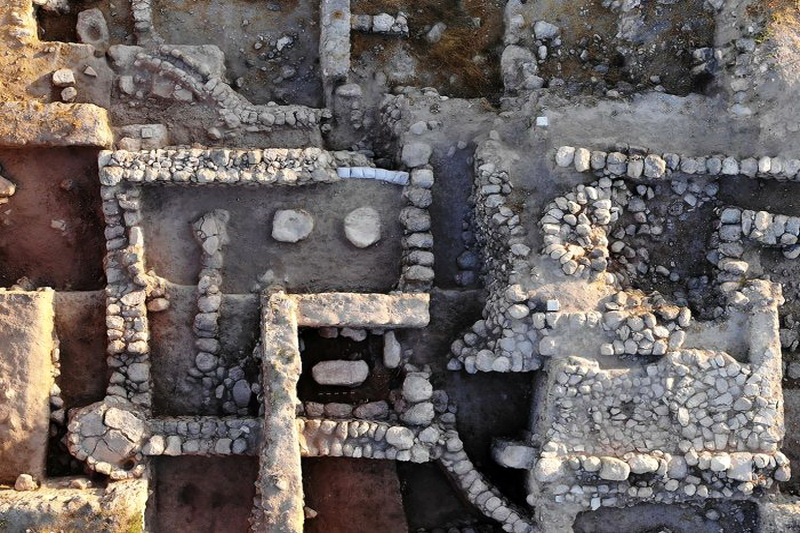 Ученые в Израиле нашли каменный стол — возможное свидетельство Ковчега Завета