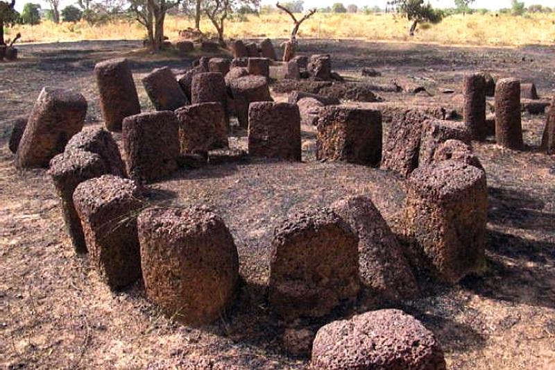 Каменные круги Сенегамбии в Кербатч
