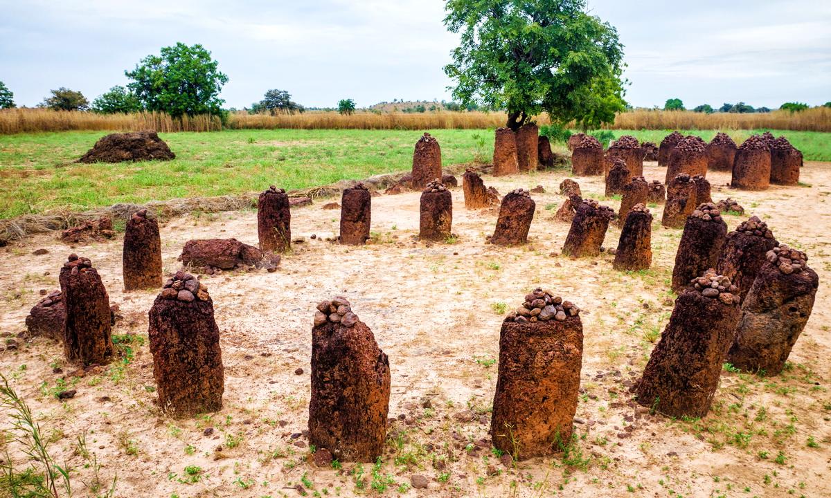 Каменные круги Сенегамбии: крупнейшее скопление мегалитических структур утраченной цивилизации