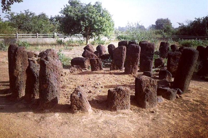 Каменные круги Сенегамбии в Ванар