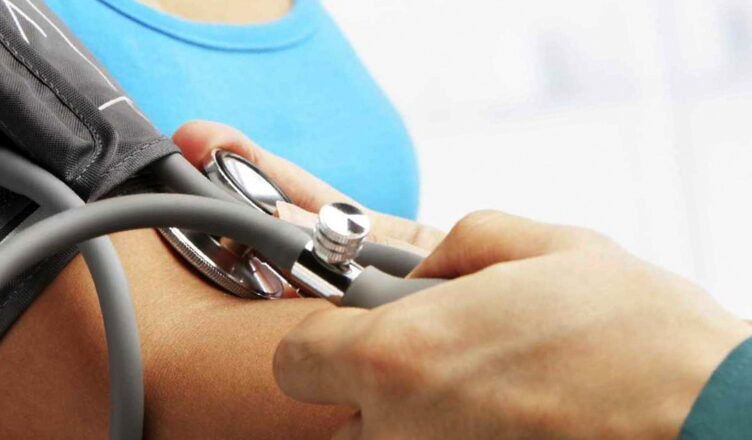 Лучшие способы понизить артериальное давление в домашних условиях
