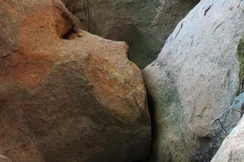 скалы иллюзия