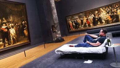 Не выходя из дома, 11 лучших виртуальных музеев мира