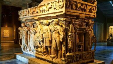 Затерянные гробницы великих людей истории