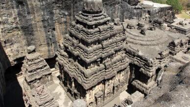 Храм Кайласа монолитное сооружение