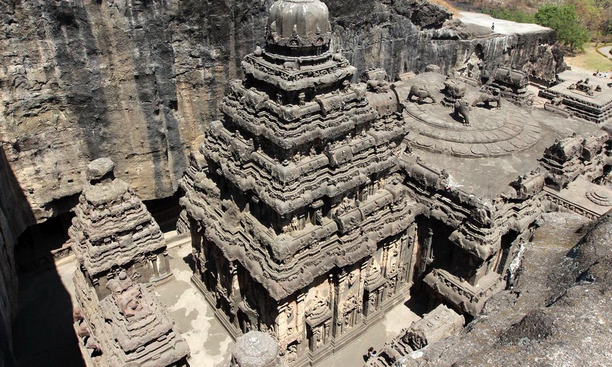 Храм Кайласа: крупнейшее монолитное сооружение