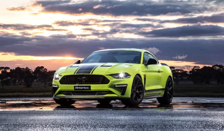 15 легендарных гоночных автомобилей Ford Mustang