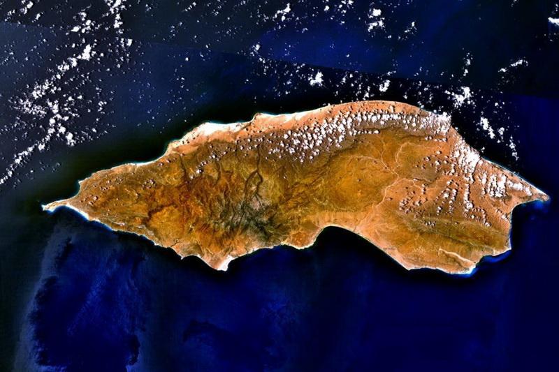 Остров Сокотра со спутника