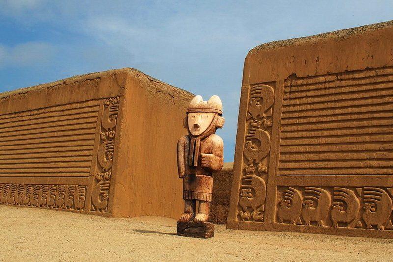 Двор Чан-Чан Перу
