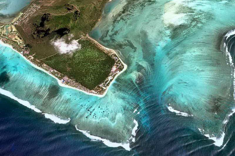 Маврикий иллюзия водопада