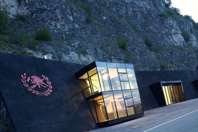 Пещерная пожарная станция Италия
