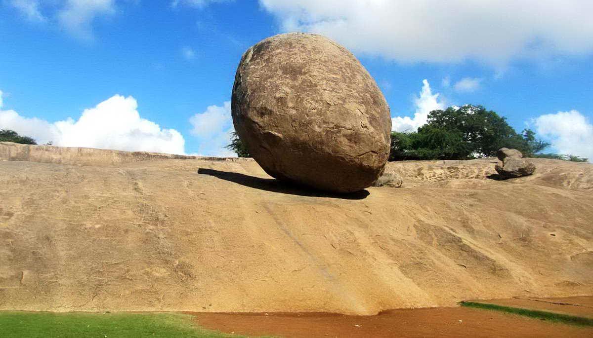 Масляный шар Кришны — загадка древней скалы