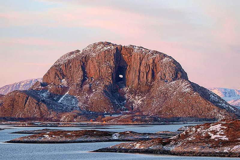 Гора Тургхаттен