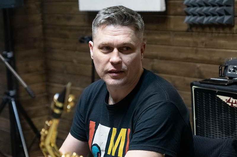 Денис Рожков музыкант и актер