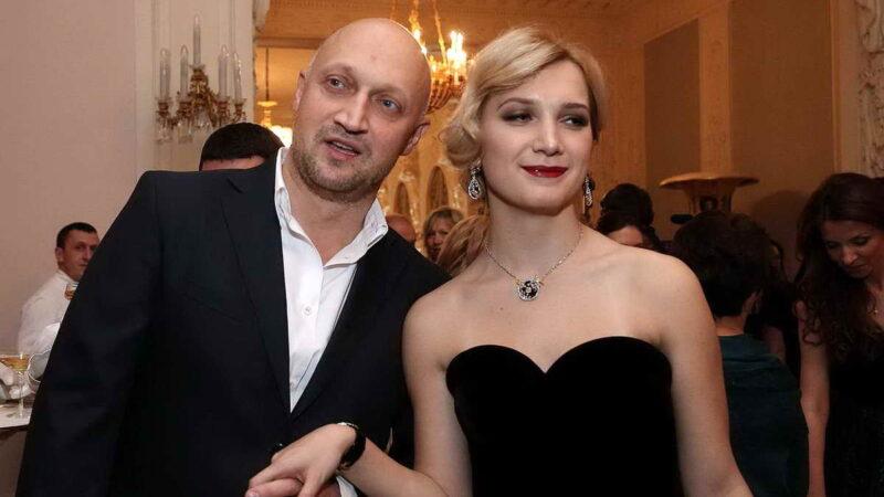 Российские актеры в фильмах со своими дочками